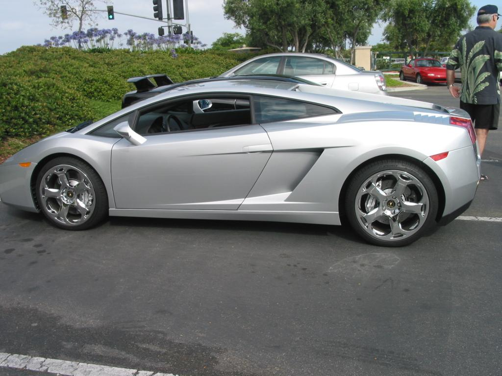 The gallery for --> Lamborghini Gold And Silver